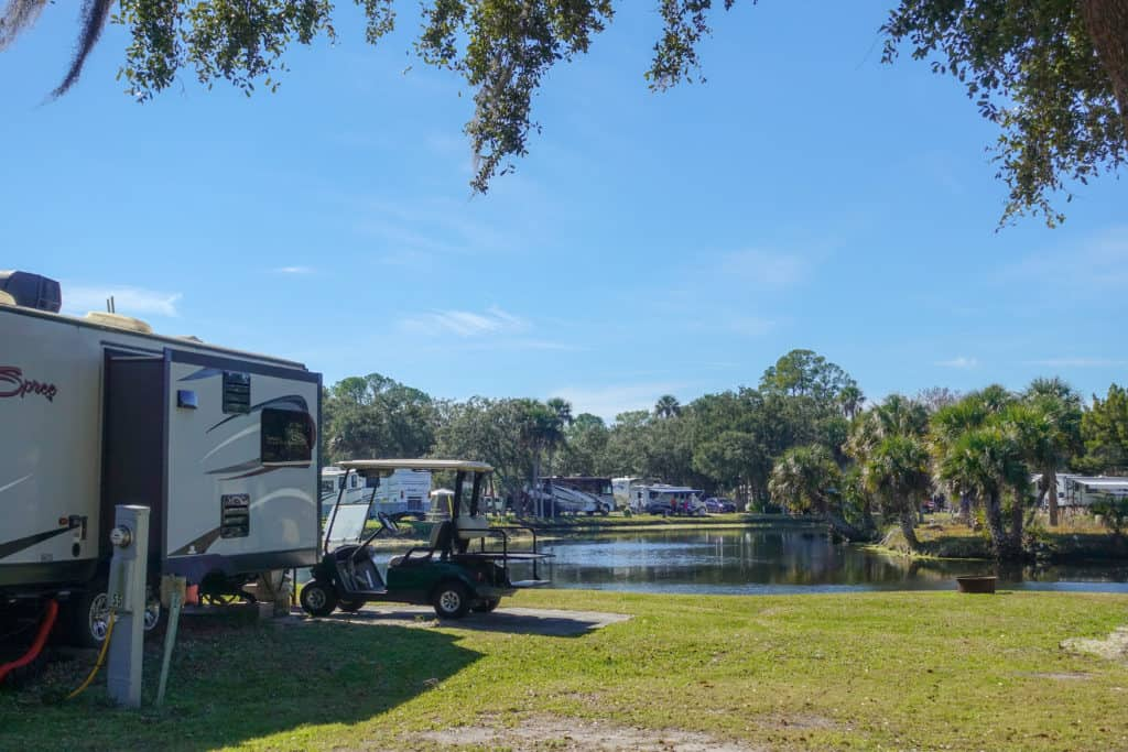 rv looking over the lake