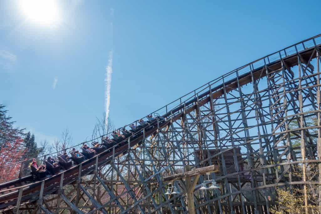 Thunderhead Dollywood rollercoaster