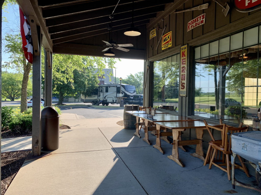 Overnighting with the RV at Cracker Barrel